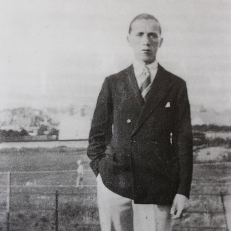 Rhys Davies in 1921: Image 3